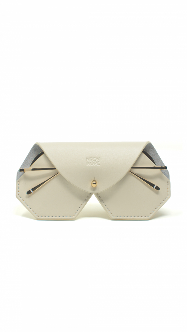 sulis_white_sunglasses_chain_leather_case_4