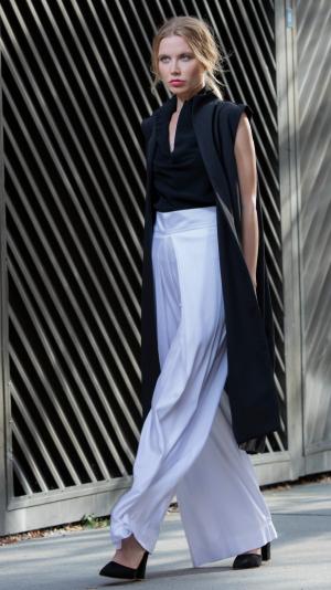 White long, high waist pants 2