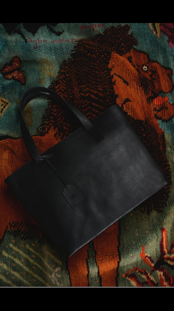 Selene: Hand crafted leather Bag 1