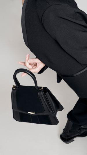 VERUS Handbag Gold 2