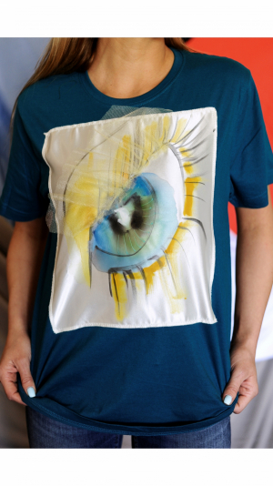 Hand painted T-shirt ''Blue eye'' 1