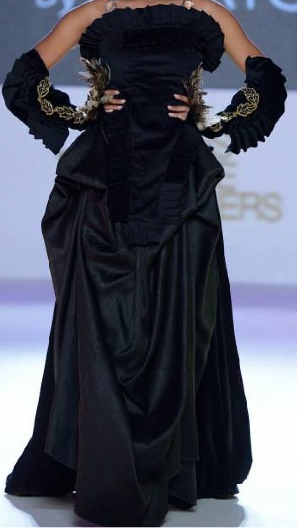 Black Strapless Gown 2