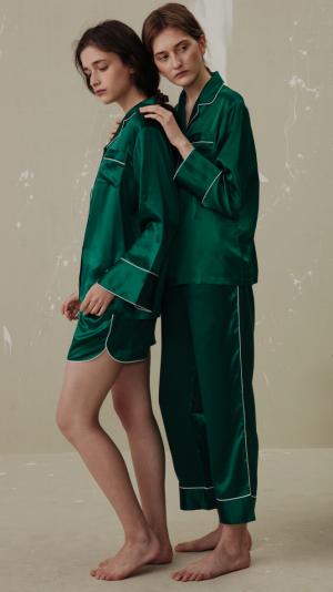 Women Classic Silk Pajamas Set (3-Piece) - Green 2