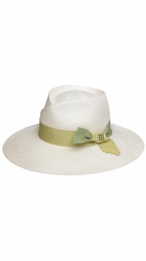 Odry Knot hat 1