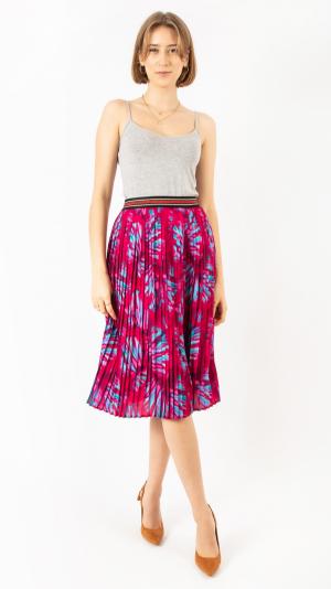 Pleated Skirt Red Mandarin 1