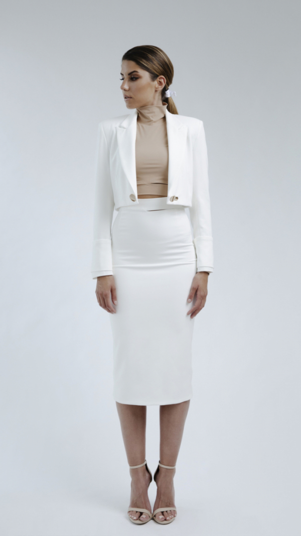 WHITE BLAZER AND SKIRT