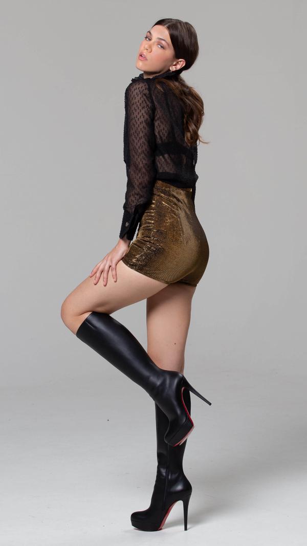 metallic_pink_high_heels