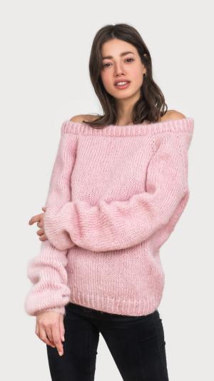 Mia sweater 1