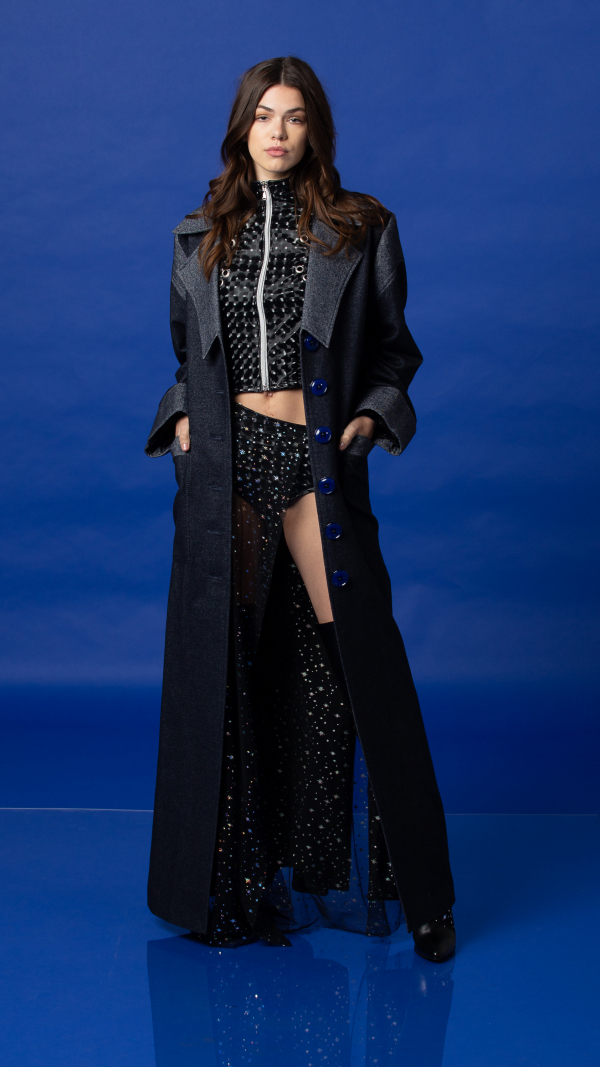 womens_rose_iconic_raincoat