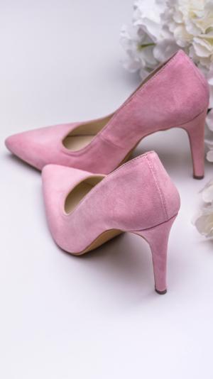 Pink high heels 2