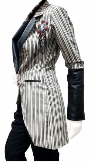 Women's blazer with leather details 2