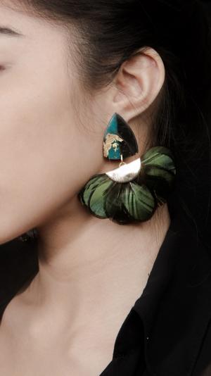 Venus Earrings with Peacock Fan 2