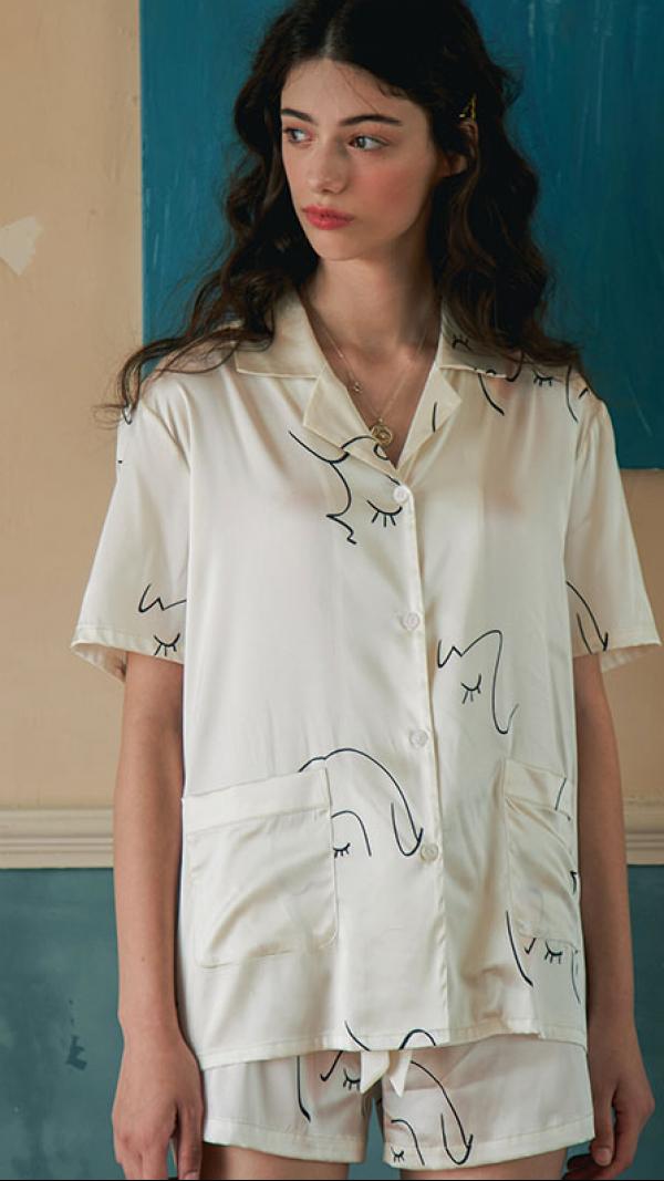 Face Line Art Printed Silk Short Pajamas 2-Piece Set - White 1