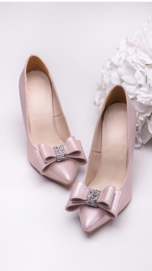 metallic_pink_high_heels_3
