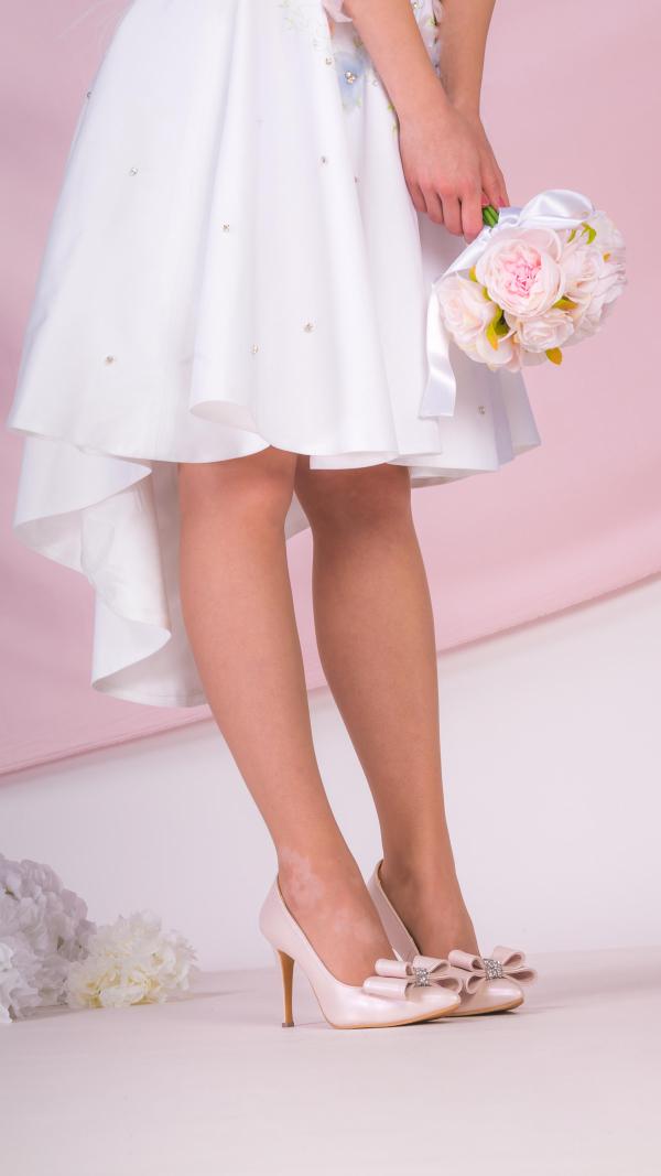 metallic_pink_high_heels_4