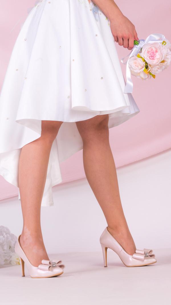 metallic_pink_high_heels_5